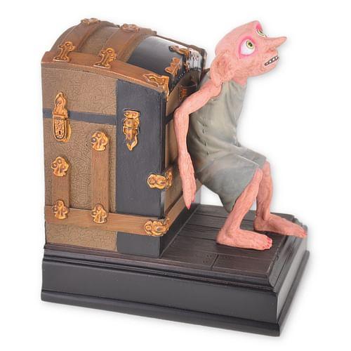 Noble Collection Zarážka na knihy Harry Potter - Dobby s kufrem